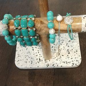 5 piece adjustable turquoise color bracelet set